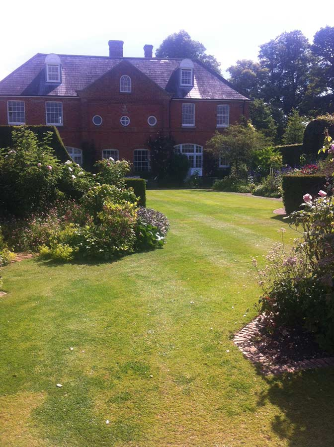 Secret Garden: PGG Visit To Ousden House, Kirtling Towers And Denston Hall