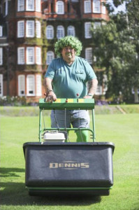 Tony Arnold, Chairman of the PGG gets  behind the 'Go Green for HortAid'