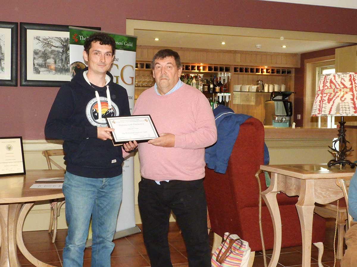 Edward Carter receives PGG award